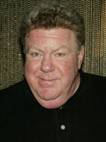 George Wendt leaves play after chest pains