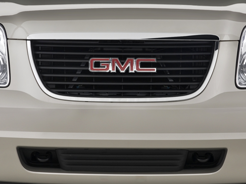 Slide 1 of 25: 2014 GMC Yukon