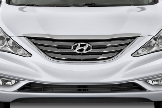 Slide 1 of 25: 2014 Hyundai Sonata