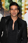 Akshay Kumar says no to Omung Kumar's film