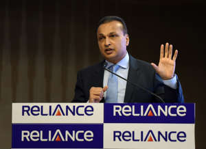 Indian industrialist and Reliance ADAG CEO Anil Ambani speaks during a news conference in Mumbai on June 2, 2017.   Indian billionaire Anil Ambani insisted June 2 that debt-saddled Reliance Communications had a bright future as he moved to reassure investors who are worried that the telecoms company is close to defaulting on loans. / AFP PHOTO / PUNIT PARANJPE        (Photo credit should read PUNIT PARANJPE/AFP/Getty Images)