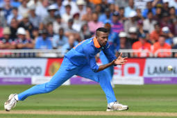 'India should pick a third seamer in place of Pandya'
