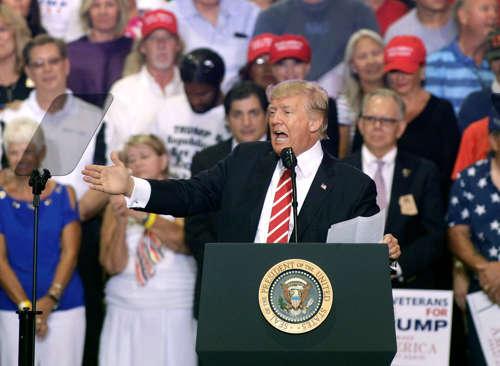 <!--:es-->El 26% de seguidores de Trump es de origen latino<!--:-->
