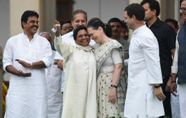 Mayawati to meet Sonia Gandhi, Rahul Gandhi ahead of results