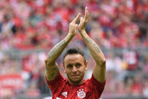Soccer Football - Bundesliga - Bayern Munich v Eintracht Frankfurt - Allianz Arena, Munich, Germany - May 18, 2019  Bayern Munich's Rafinha applauds the fans before the match   REUTERS/Andreas Gebert  DFL regulations prohibit any use of photographs as image sequences and/or quasi-video