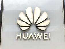 Following a suspension decided by Google, in order to comply with the provisions imposed by the U.S. government against Chinese companies, Huawei lost its license to use the Android operating system. The decision involves millions of Huawei owners around the world as well as the company itself, which expects a loss of billions of dollars, Milan, Italy, on May 22 2019 (Photo by Mairo Cinquetti/NurPhoto via Getty Images)