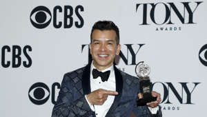 De indocumentado a ganador del Tony Award