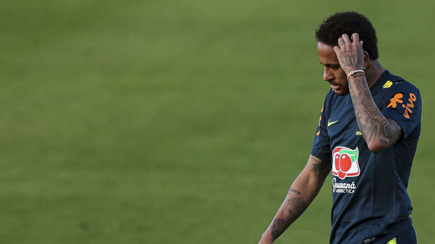 Neymar denies rape accusation, calls it 'extortion'