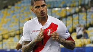RIO DE JANEIRO, BRAZIL - JUNE 18: Paolo Guerrero of Peru celebrates after scoring the equalizer during the Copa America Brazil 2019 group A match between Bolivia and Peru at Maracana Stadium on June 18, 2019 in Rio de Janeiro, Brazil. (Photo by Wagner Meier/Getty Images)