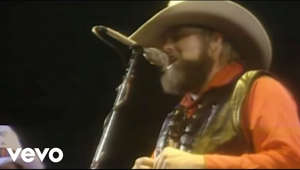 Music video by The Charlie Daniels Band performing The Devil Went Down to Georgia. (C) 1979 Sony Music Entertainment  http://vevo.ly/lj7euS  #TheCharlieDanielsBand #TheDevilWentDownToGeorgia #Vevo