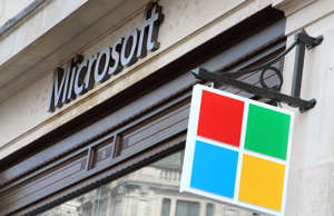 LONDON, UNITED KINGDOM - 2019/07/11: Microsoft logo at the New Microsoft flagship retail store, open at London's Oxford Circus. (Photo by Keith Mayhew/SOPA Images/LightRocket via Getty Images)