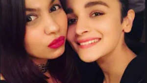Alia goes on dinner date with sister Shaheen