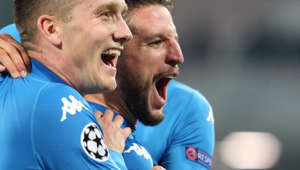 NAPOLI, CAMPANIA/NAPOLI, ITALY - 2017/11/21: Piotr Zielinski (SSC NAPOLI ) and Dries Mertens  (SSC NAPOLI) Soccer match between SSC Napoli  and FC Shakhtar Donetsk at San Paolo Stadium in Napoli. Final result Napoli vs. FC Shakhtar Donetsk   3-0. (Photo by Salvatore Esposito/Pacific Press/LightRocket via Getty Images)
