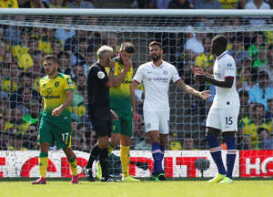 "Soccer Football - Premier League - Norwich City v Chelsea - Carrow Road, Norwich, Britain - August 24, 2019  Chelsea's Olivier Giroud speaks with referee Martin Atkinson                      Action Images via Reuters/John Sibley  EDITORIAL USE ONLY. No use with unauthorized audio, video, data, fixture lists, club/league logos or ""live"" services. Online in-match use limited to 75 images, no video emulation. No use in betting, games or single club/league/player publications.  Please contact your account representative for further details."
