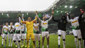 MOENCHENGLADBACH, GERMANY - OCTOBER 06: The Team of Borussia Moenchengladbach celebrate with their Fans after the Bundesliga match between Borussia Moenchengladbach and FC Augsburg at Borussia-Park on October 06, 2019 in Moenchengladbach, Germany. (Photo by Christian Verheyen/Borussia Moenchengladbach via Getty Images)