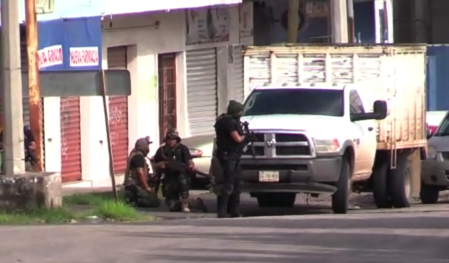Fierce gun battle rocks El Chapo's bastion in Mexico