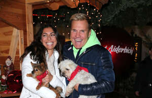 HENNDORF AM WALLERSEE, AUSTRIA - NOVEMBER 13: Dieter Bohlen and his partner Carina Walz during the Gut Aiderbichl Christmas Market opening on November 13, 2018 in Henndorf am Wallersee, Austria. (Photo by Gisela Schober/Getty Images)