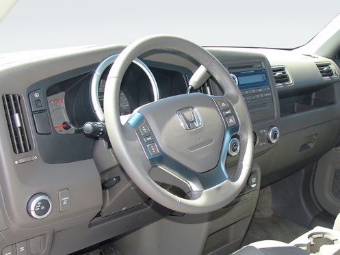 Slide 1 of 11: 2006 Honda Ridgeline