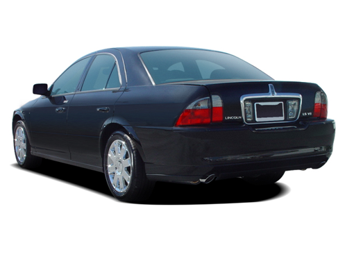 Slide 1 of 18: 2005 Lincoln LS