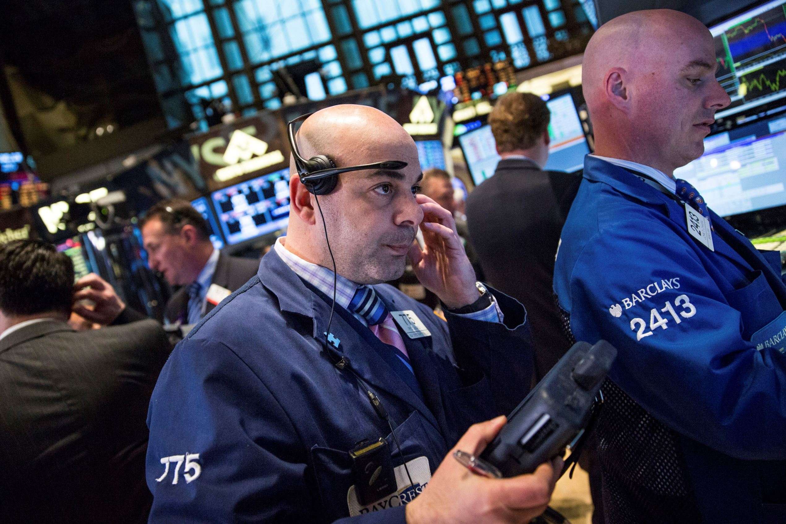 Wild stock market swings continue as Dow falls 1,467 points