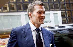 New England Patriots quarterback Tom Brady arrives at NFL headquarters New York ...