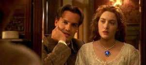 Kate Winslet wearing Heart of the Ocean necklace in film 'Titanic'.