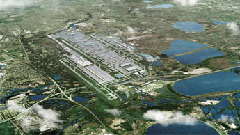 Heathrow's proposed third runway, left, sits at London Heathrow Airport in this undated handout photo illustration released to the media on Tuesday, June 30, 2015.