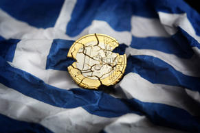 Greek banks down to €500m in cash reserves as economy crashes