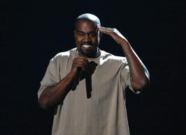 Kanye West accepts the Video Vanguard Award at the 2015 MTV Video Music Awards in Los Angeles, California, August 30, 2015.