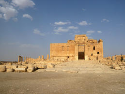 A general view shows the Temple of Bel in the historical city of Palmyra, Syria, August 4, 2010. The hardline Islamic State group has destroyed part of an ancient temple in Syria's Palmyra city, a group monitoring the conflict said on August 30, 2015.