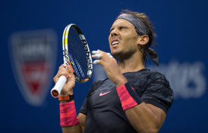 Nadal blows two-set Slam lead for first time, loses to Fognini