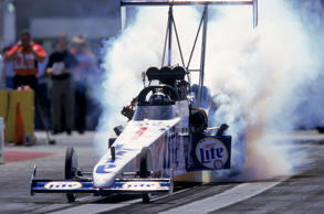 8 Apr 2000:  Larry Dixon is in action during the SummitRacing.com NHRA Nationals...