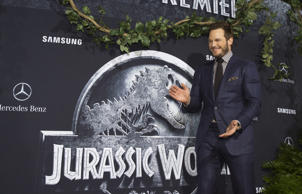 Chris Pratt is confirmed to be returning for 'Jurassic World 2'.