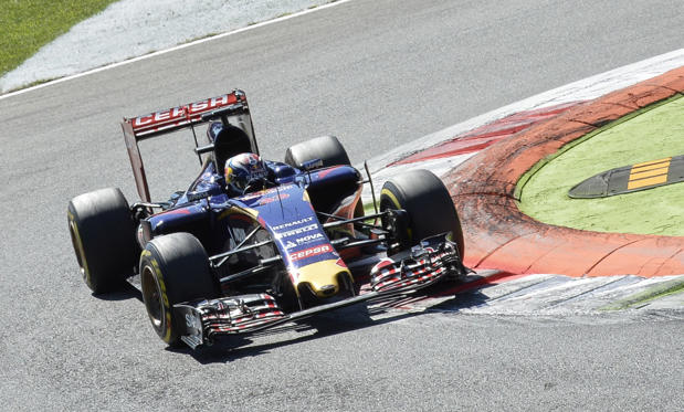 Scuderia Toro Rosso's Belgian-Dutch driver Max Verstappen drives during the Italian Formula One Grand Prix at the Autodromo Nazionale circuit in Monza on September 6, 2015. AFP PHOTO / ANDREAS SOLARO (Photo credit should read ANDREAS SOLARO/AFP/Getty Images)