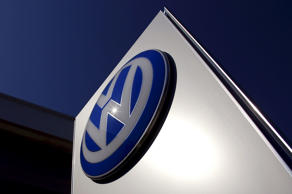 Volkswagen says it has halted the sale of some of its vehicles in New Zealand after it found out they were fitted with emissions-cheating diesel engines.