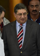 BCCI, Srini withdraw cases