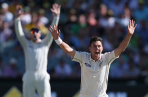 New Zealand's Trent Boult appeals for a catch against Australia's Nathan Lyon