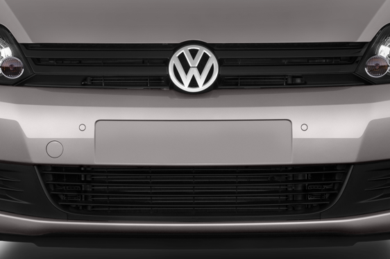 Slide 1 of 24: 2011 Volkswagen Golf Plus