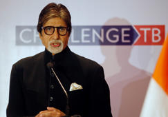 Big B's letter to granddaughters is fake, says fan