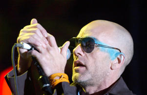 R.E.M. AT MADISON SQUARE GARDEN, NEW YORK, OCT. 4, 2004