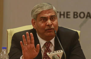 Manohar skips ICC board meet, Srinivasan represents India