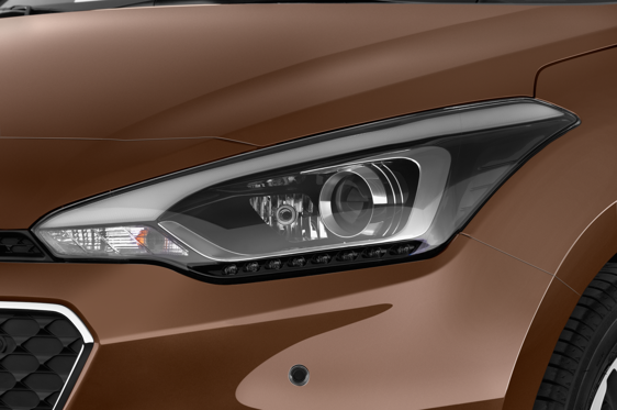Slide 1 of 25: 2015 Hyundai i20