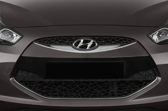 Slide 1 of 25: 2014 Hyundai iX20