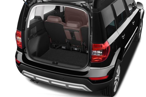 Slide 1 of 25: 2016 Skoda Yeti Outdoor