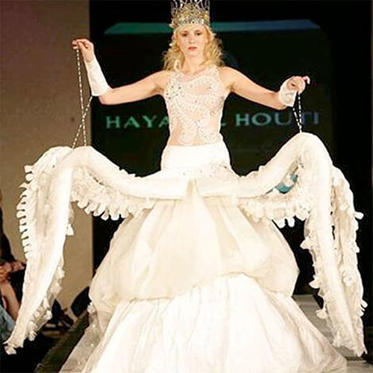 A wedding dress for an octopus woman… or to give fair warning to her future husband?