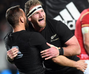 Kieran Read of New Zealand, right, celebrates with Aaron Cruden after scoring against Wales in the 1st International Rugby test match between the New Zealand and Wales at Eden Park in Auckland, New Zealand, June 11, 2016