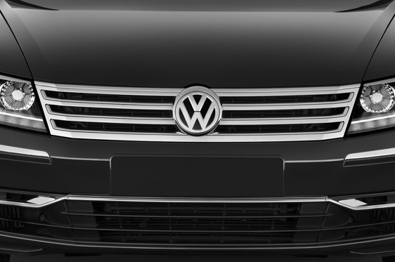Slide 1 of 25: 2015 Volkswagen Phaeton