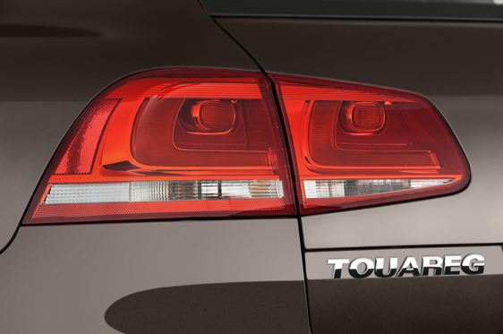 Slide 1 of 25: 2014 Volkswagen Touareg