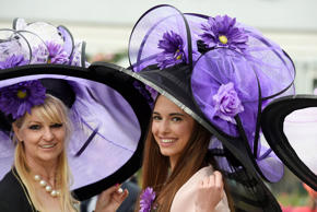 Britain Horse Racing - Royal Ascot - Ascot Racecourse - 18/6/16Racegoers wearing...