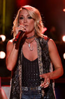 "<a href=""http://www.wonderwall.com/music/Carrie-Underwood-251.celebrity"">Carrie ..."